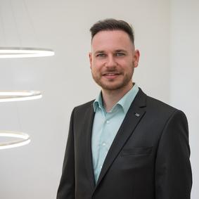 Finanzmaklerassistent Lars Schlorff